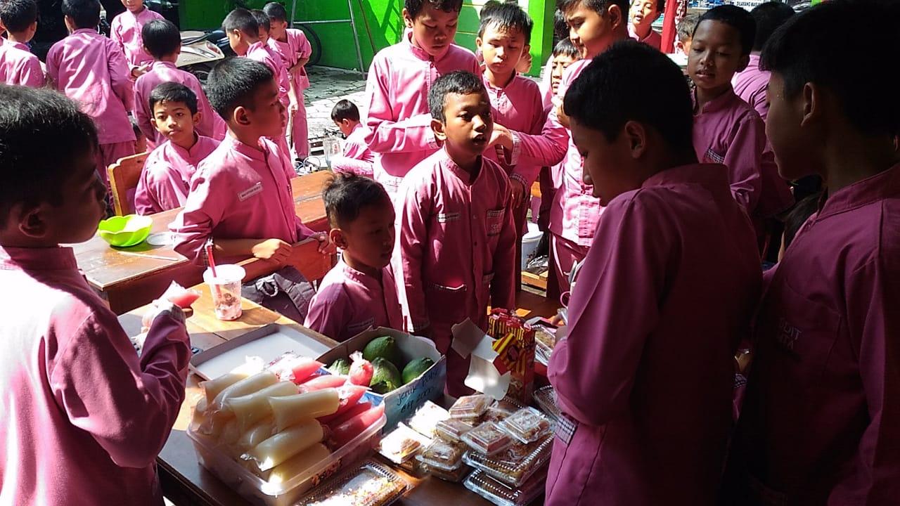 Market Day dan Pentas Seni 2019